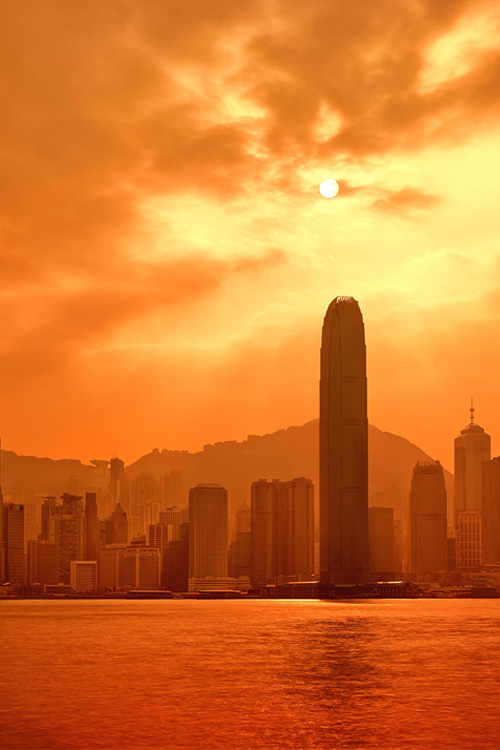 Fiery Goodnight, Hong Kong Skyline by Paul Reiffer