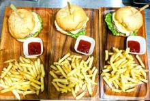 french-fries-clubhouse-sandwich
