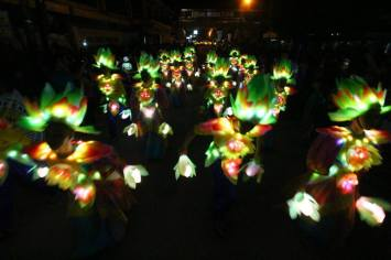 Capiztahan Parade of Lights 1